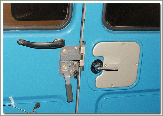 & Page 136 Land Cruiser Rear Ambulance Style Doors 1975-1984 40 Series
