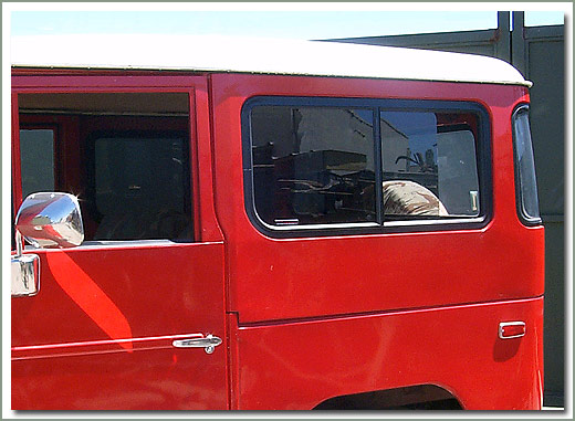 Page 321 Land Cruiser Rear Cargo Sliding Windows